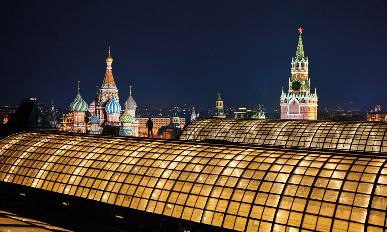 VC_S-McCurry_Moscow-1.jpg