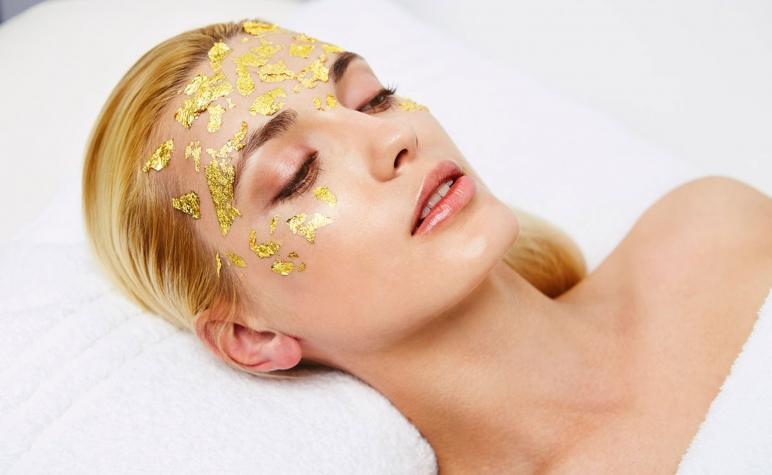 The-Dorchester-Spa-Carol-Joy-London--Pure-Gold-and-Collagen-Facial-2324.jpg