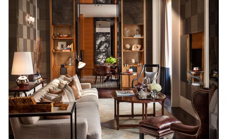 LDN_61384098_Rosewood_London_Manor_House_Suite_Living_Area_1.jpg