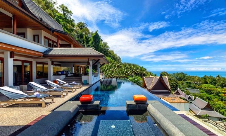 01 Villa Yang Som Phuket - Pool 001.jpg