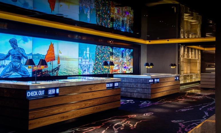 2. lobby.jpg