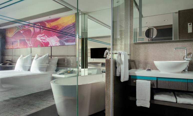 8. bathroom.jpg