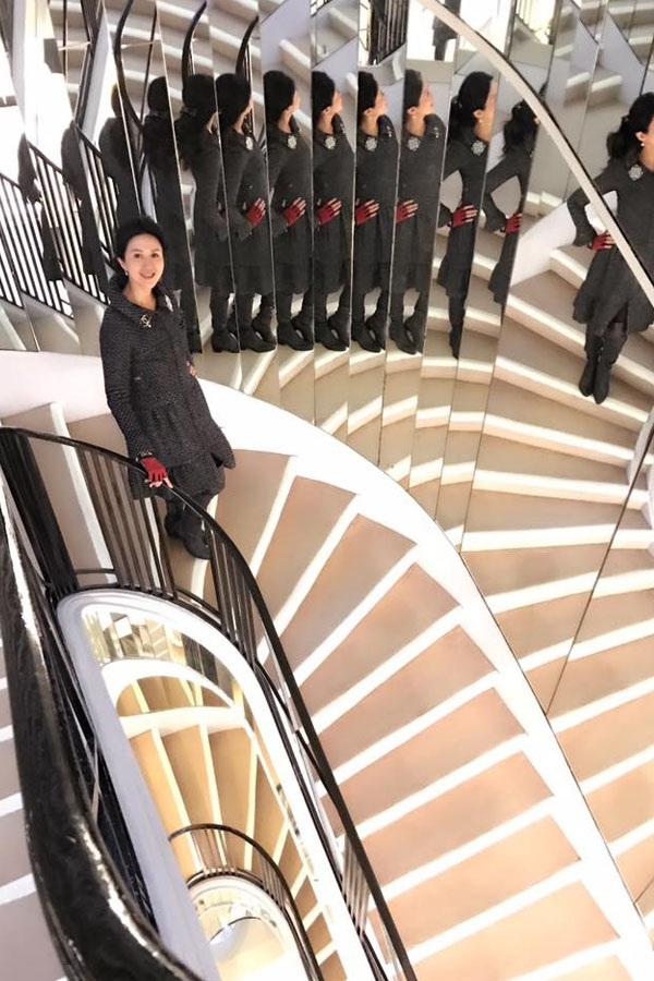 Day 3_Lianne Stairs Coco Apt.jpg