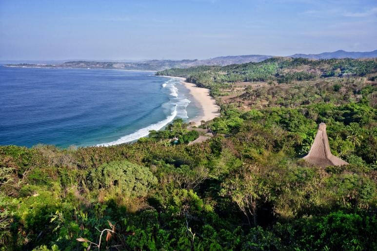 Nihiwatu Coastline 2.jpg