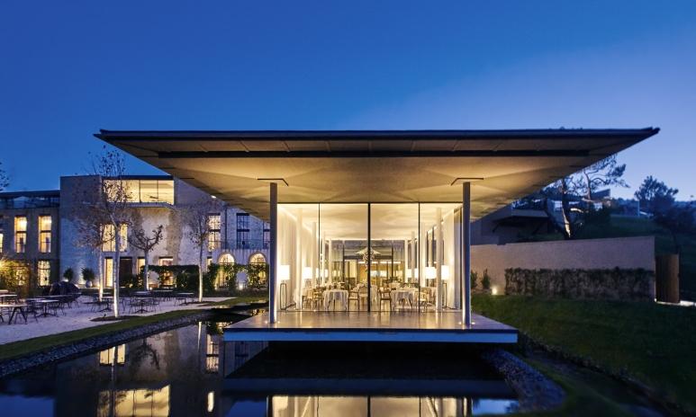 Villa-La-Coste-Louison-Exterieur(c)Richard-Haughton.jpg