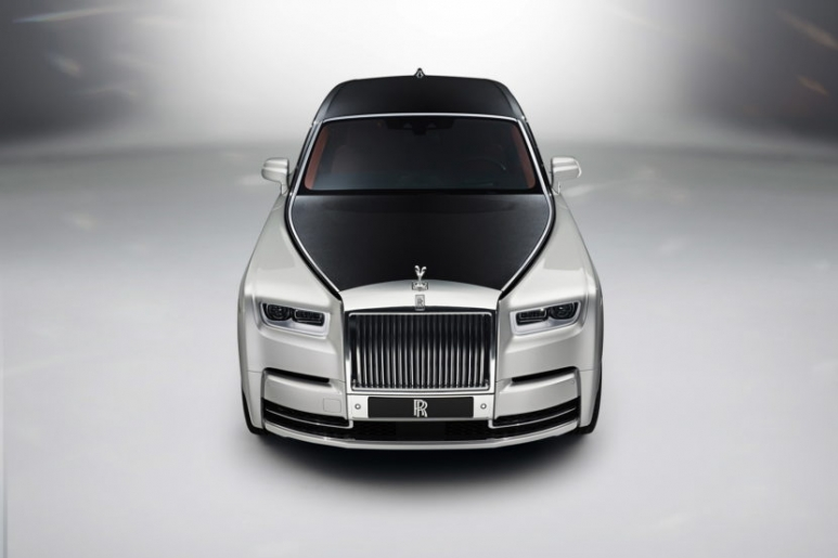 New-Rolls-Royce-Phantom-18-830x553.jpg