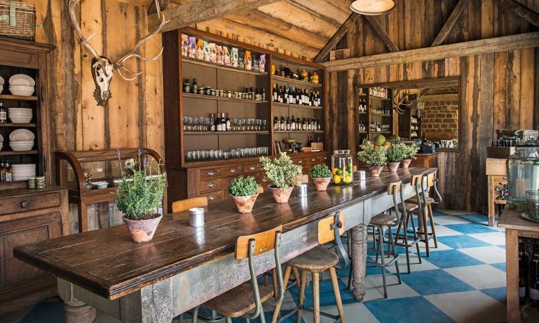 farmhouse-table.jpg