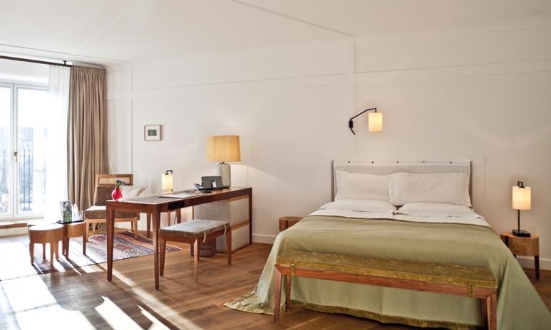 louis-hotel.jpg