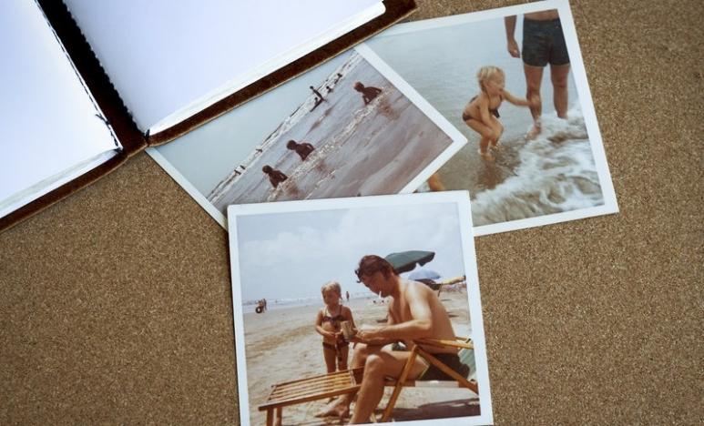 photo album_v4.jpg